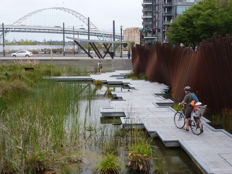 Larger green infrastructure installations can include linkages to local parks and active transit systems. Image credit: Kathleen Wolf