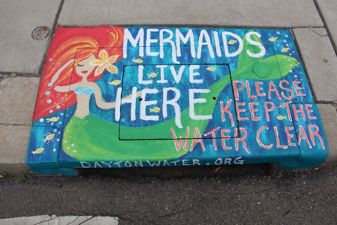 Dayton, Ohio, storm-drain murals remind public to keep contaminants out of waterways