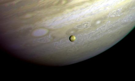 Astronomers Report Earth-Like Rainfall Behavior on Other Planets